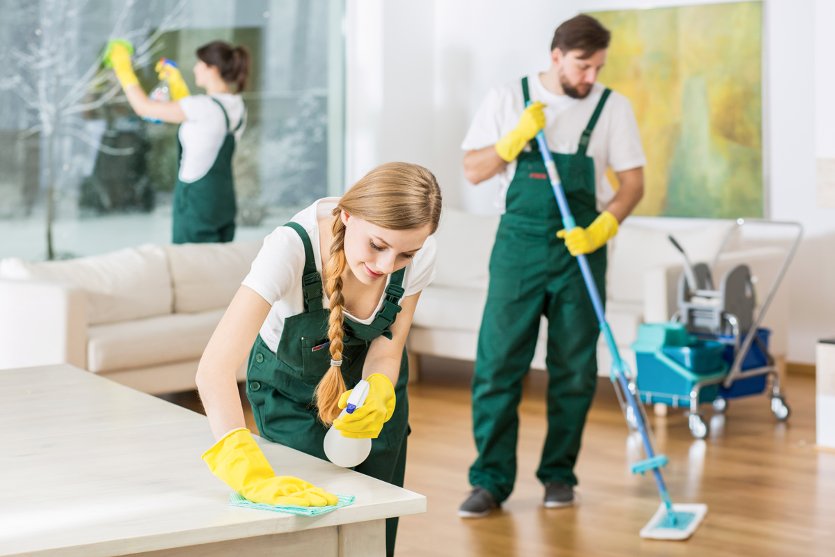 Best Ways to Save Water While Cleaning