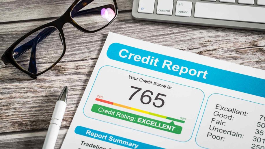 Which Credit Score is Better 'CIBIL Score' or 'Experian Score'?