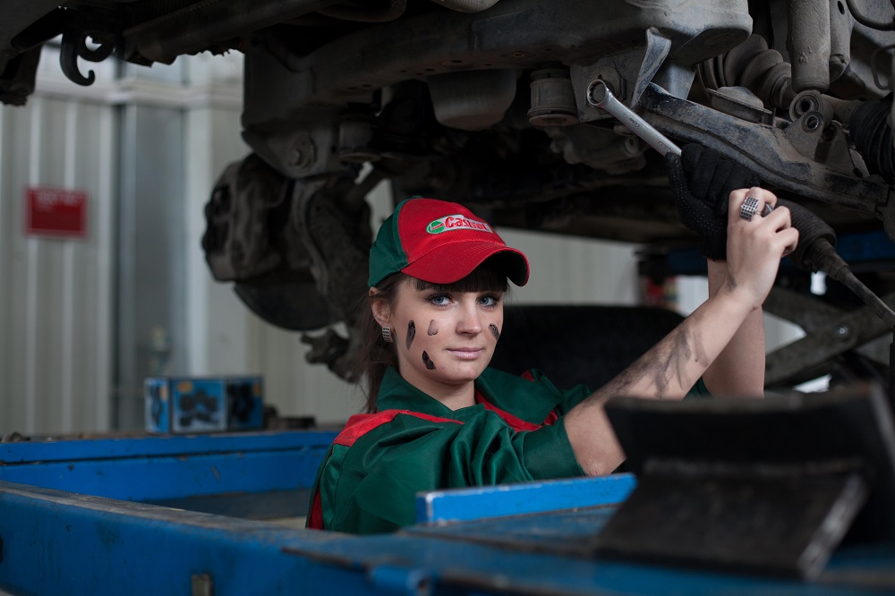 Tips to Remember While Taking Your Vehicle for Auto Repair