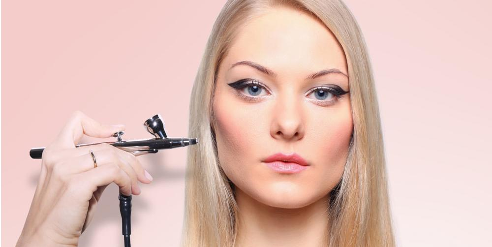 Should I Wear Makeup every day? A Comprehensive Guide to Find Out the Result