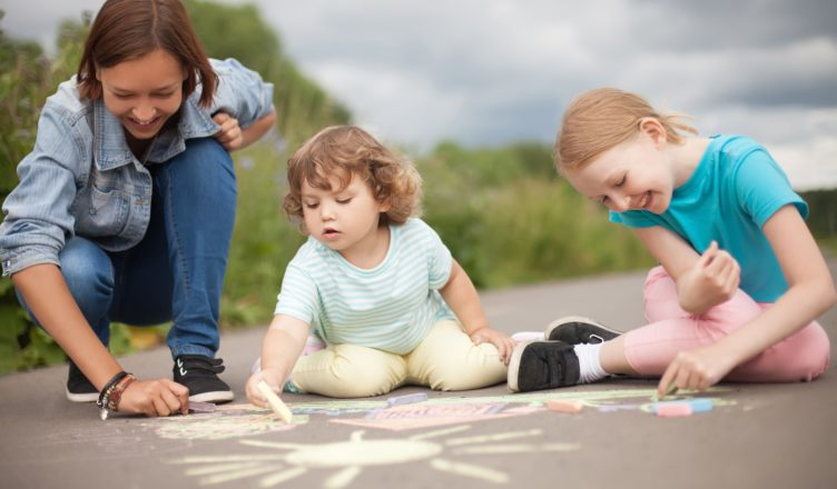A Guide to Hire Babysitters