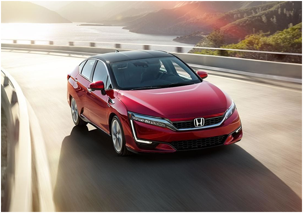 What Made Us Buy the 2019 Honda Clarity