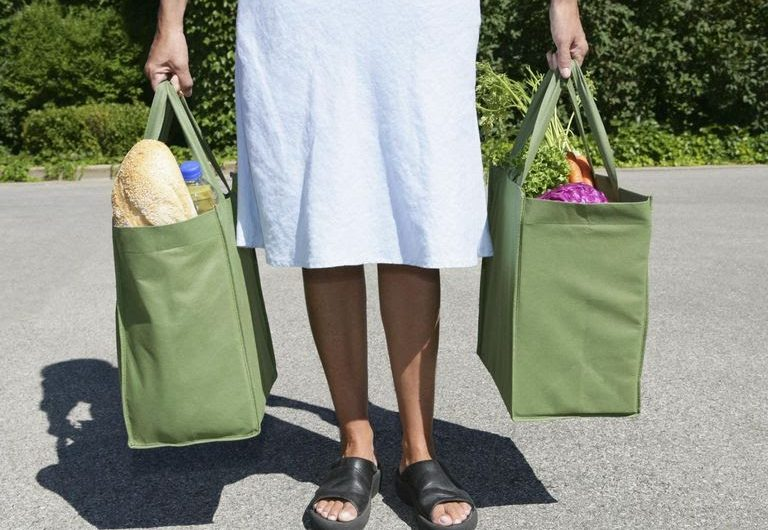 5 Reasons to Buy Reusable Bags Online for Shopping