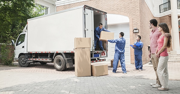 Professional Movers Services and Considerations When Selecting Movers