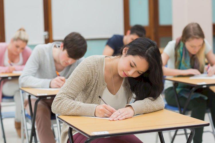 Practice CFA model exam in the online