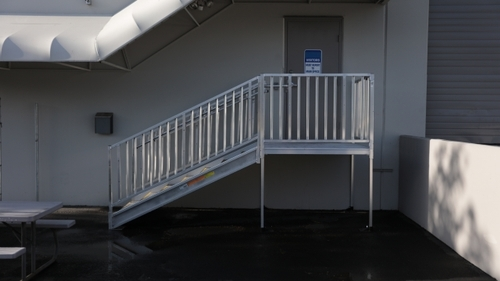 Things To Know Before You Select Industrial Stairs!